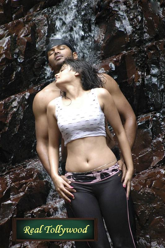 Bengali movie hot scene mehuly sarkar biren - 5 3