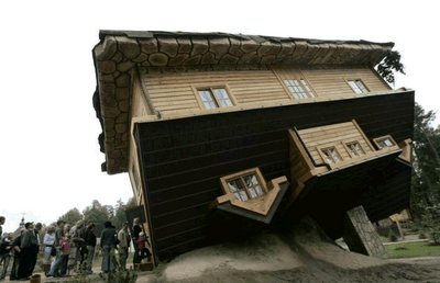 Upside Down House of  Daniel Czapiewski (8)  2