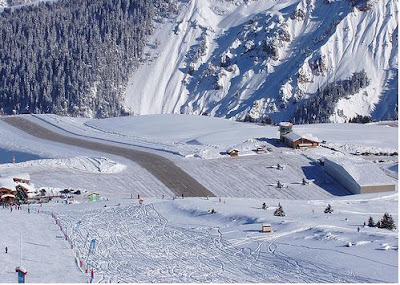 Courchevel Airport - Steepest runway (9) 4