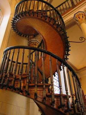 12 Creative Staircase Designs (15) 3