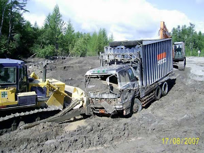 truck stuck in mud (5) 6