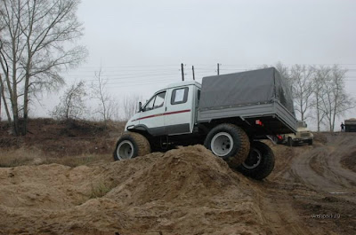 Cars designed to run in mud (7) 3