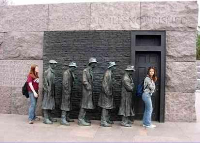 Interesting Statues From Around The World (36) 23
