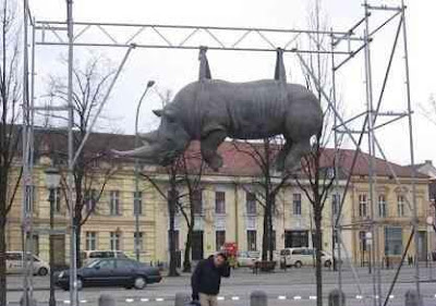 Interesting Statues From Around The World (36) 12