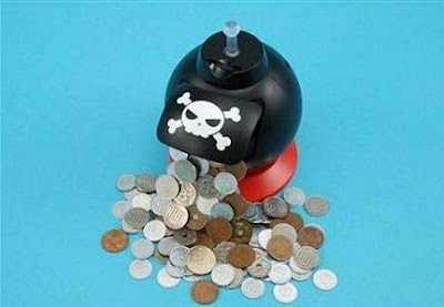 25 Cool and Creative Coin Banks (33) 11