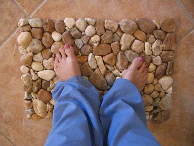 How to make door mat out of river rocks