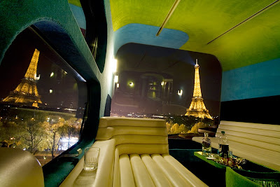 A One-Room Hotel Of Paris (11) 2