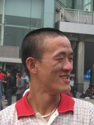 Look Alike Of Popeye In Real Life (7) 1