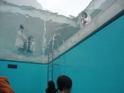 Swimming Pool Installation In 21st Century Museum Of Art Of Kanazawa (7) 7