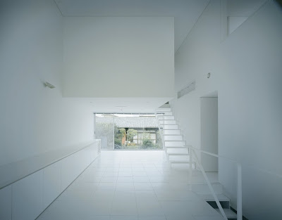 A House For An Industrial Designer (5) 4