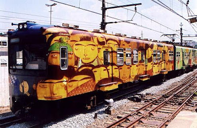 painted train (21) 3