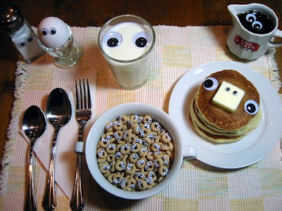 The Breakfast Is Watching You (3) 1