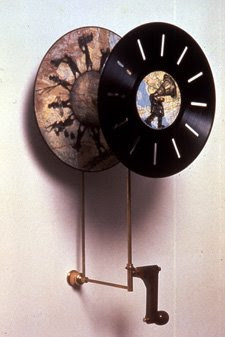 Creative and Cool Ways To Reuse Old Vinyl Records (50) 28