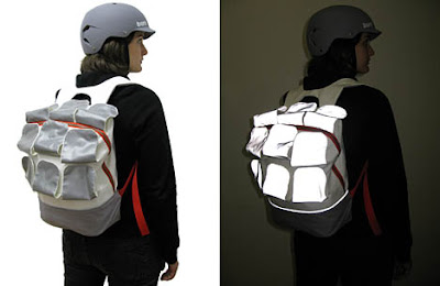 cbb21386ec05 30 Innovative and Cool High Tech Backpacks.