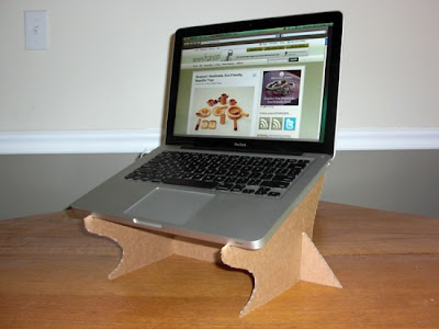 30 Modern and Cool Laptop Stands (33) 7