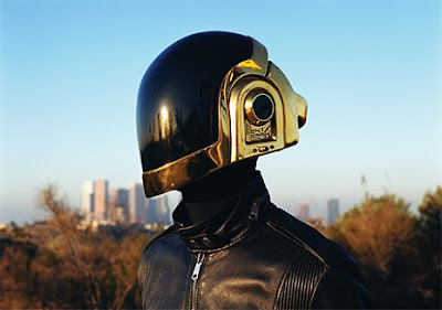 20 Cool and Creative Motorcycle Helmet Designs (20) 2