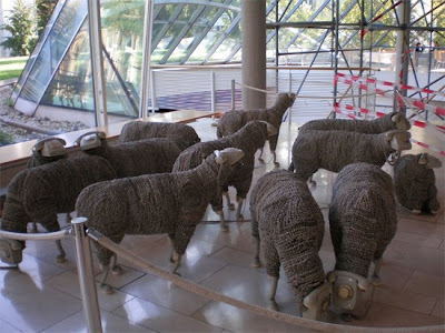 Creative Sheep Sculptures Made From Rotary Telephones (10) 3