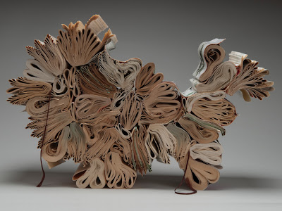 11 Creative Book Sculptures (11) 5