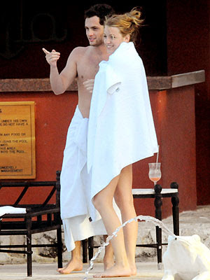 Blake Lively Cheerleader on Aznpoptart  Haven T You Heard  I M The Crazy Bitch Around Here