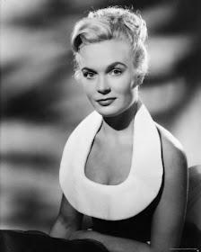 Shirley Eaton (1221x1600 pixels) | James bond movies