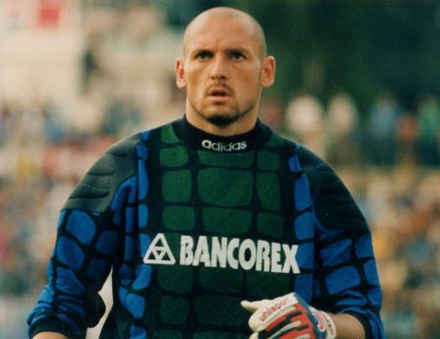 410a45aa0b 05 12 — Bogdan Stelea (45) foi titular absoluto do combinado romeno por  mais de uma década