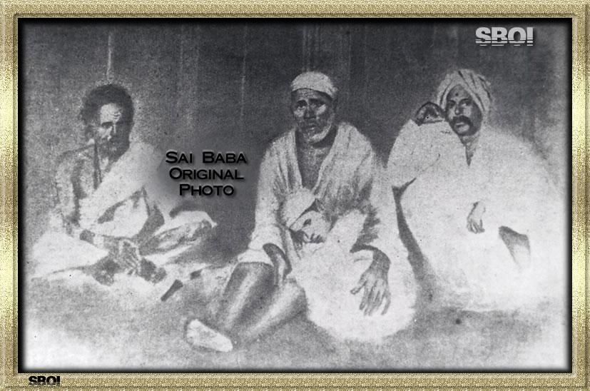 Shirdi Sai Baba: Rare original pictures of साईं