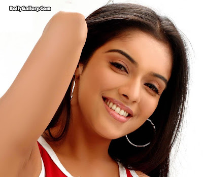 Asin Thottumkal hot desi actress