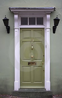 Magnificent The Urban Un Martha 10 Tips To Striking Front Door Style Largest Home Design Picture Inspirations Pitcheantrous