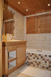 Salle de bains: Grande salle de bains avec 2 vasques et ...