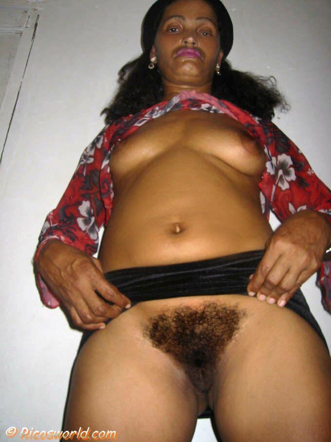 Pics hairy matures 50s Peep