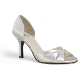 Silver Closed Toe Shoes With Small Heel