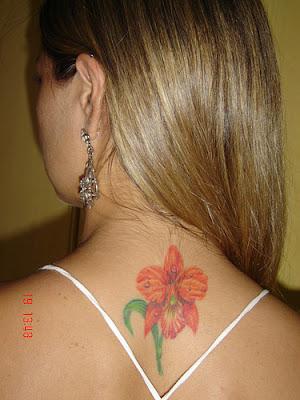 Garota tatuada - orquidea