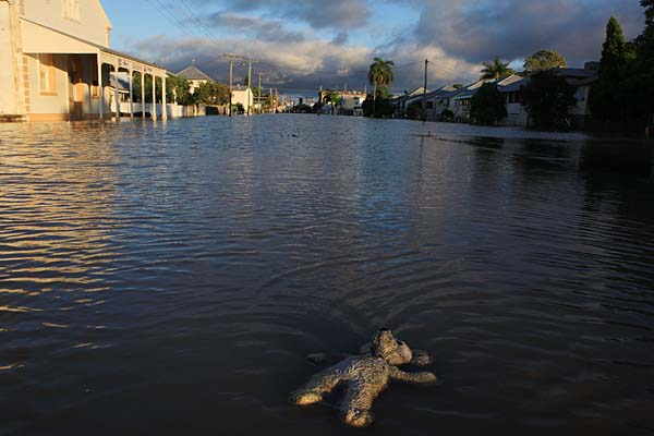 flooding in queensland essay In an optimistic twist, this essay's analysis will reveal that in  that the flooding in  queensland resulted in significant damage and loss of capital stock or.