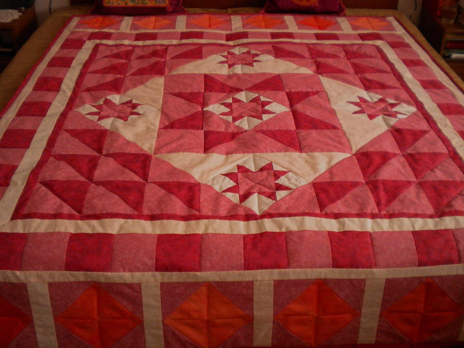 Franciaágy-takaró. Mályva-rózsaszín-bordó színekben 200x160 cm 4809bbc58c