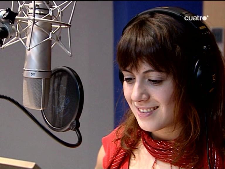 María Villalón en Factor X >> Actuaciones, entrevistas, lives - Página 2 Factor+eXtra+despues+de+semifinal+(6)