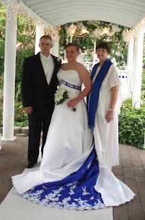 Kate And Ryan Thoroughly Planned Their Color Scheme Of Royal Blue Crisp White The Brides Train Had An Insert With Embroidery A