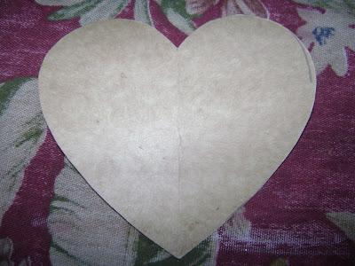Adorno de corazón hecho en velur