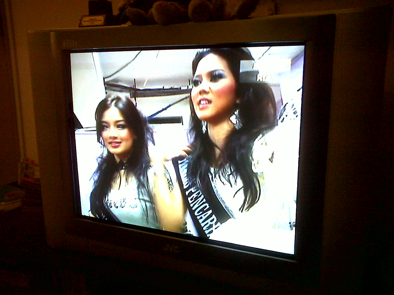 The Kasihs Dewi Remaja 2010