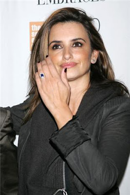 ee839fedf A kuckle-sized sapphire and diamond ring was spotted on Penelope Cruz's ring  finger at the New York Film Festival this weekend, but the actress refused  to ...