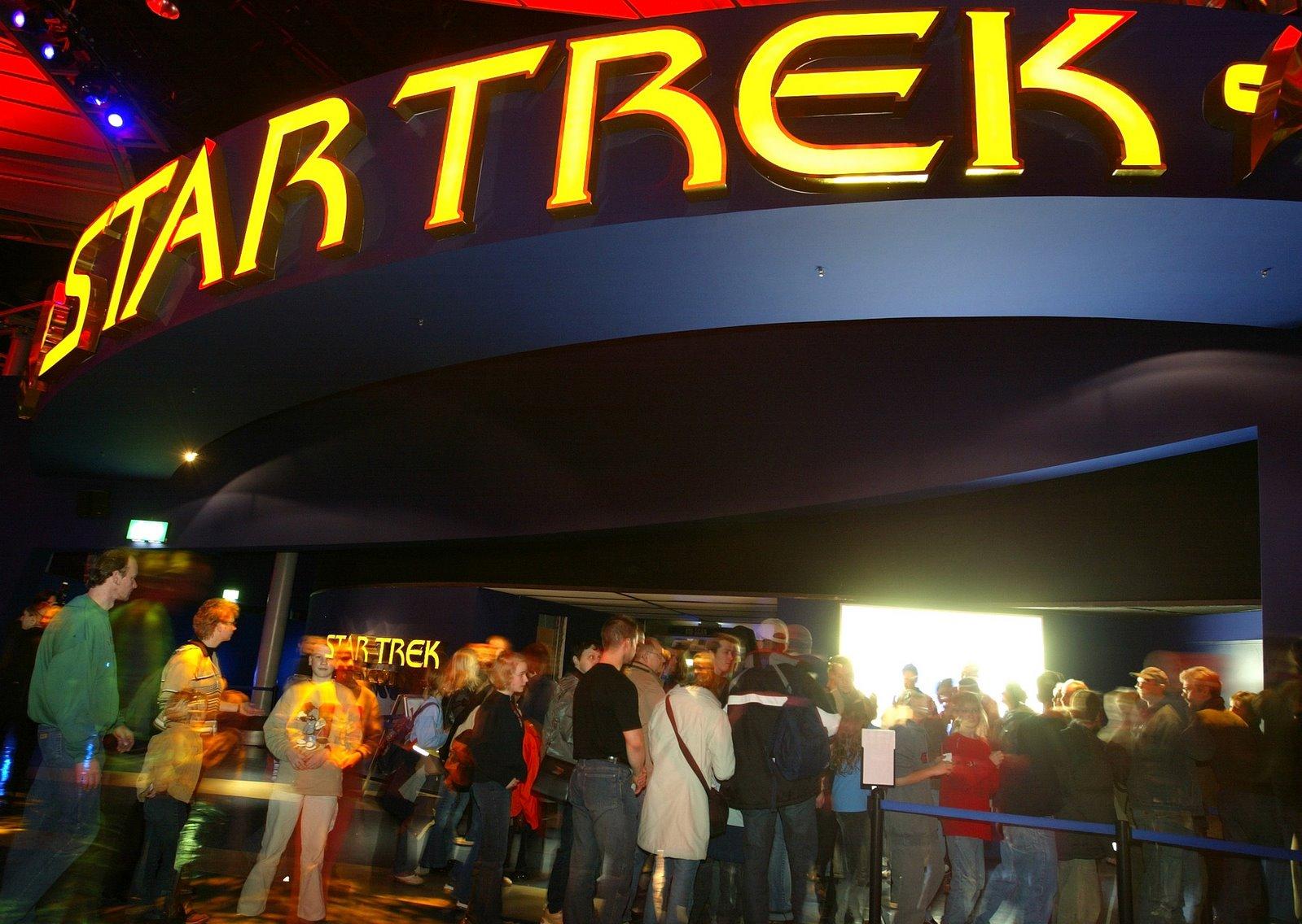 [StarTrek+entrance]
