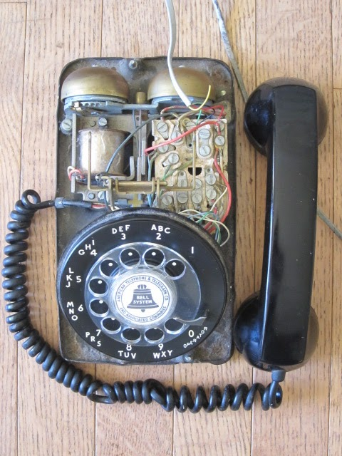 Behold the Western Electric 500 Root Simple