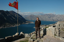 Sota la bandera de Montenegro