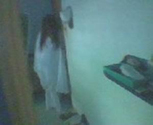 gambar penampakan hantu kuntil anak