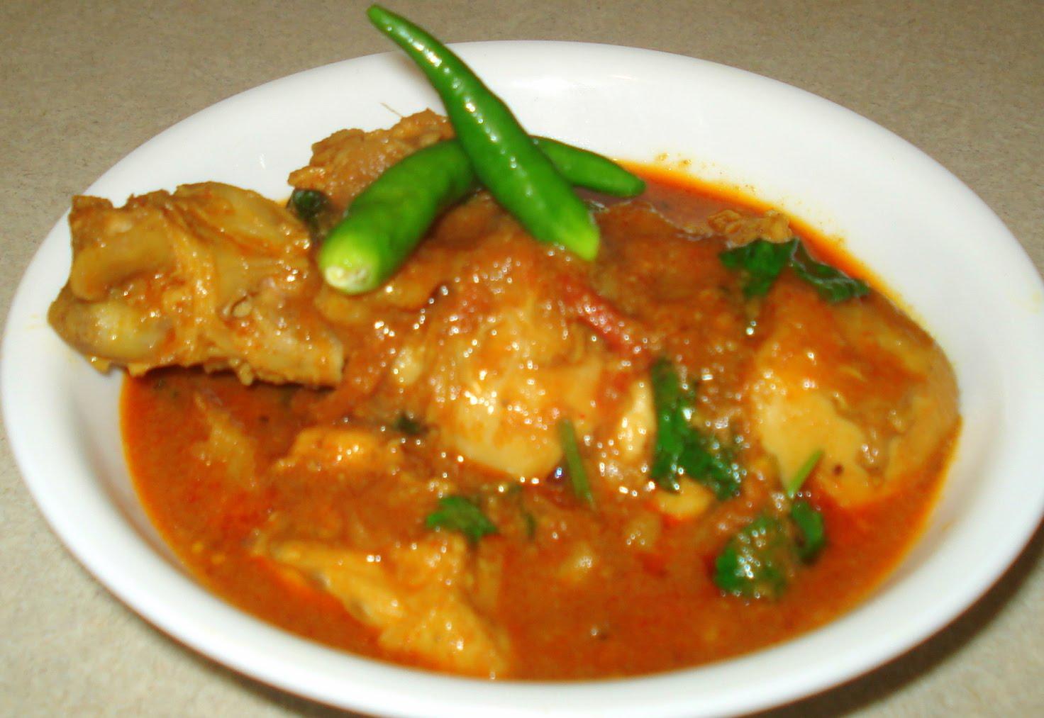 Titillating Tastebuds: * Chicken curry