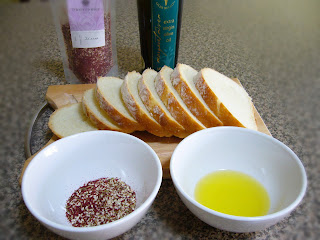 Olive oil, Zaatar and Rustic Bread