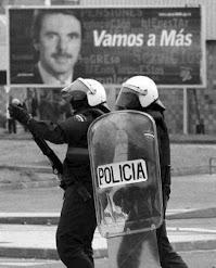 PERROS GUARDINES DEL ORDEN Y DE  LA PUTA LEY FASCISTAS DE MIERDA