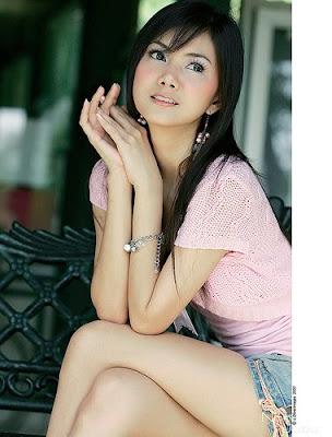 http://1.bp.blogspot.com/_OWW6zv7Wapo/TQ4jfyJhySI/AAAAAAAACPY/3bnAMYlLkNk/s400/Asian+Girl+pink+dress.jpg