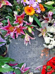 Dusty Springfield's grave