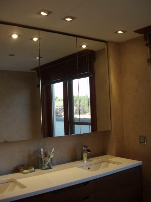 Mueble de baño y forrado lateral bañera - Muebles Cansado ...