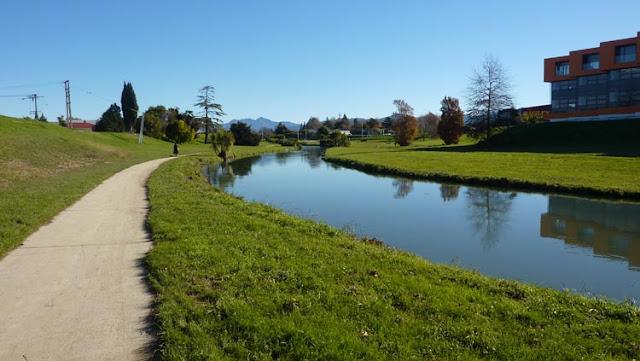 Las aguas del río Tayler en Blenheim están siempre limpias